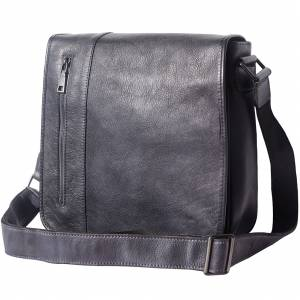 Messenger Flap leather bag
