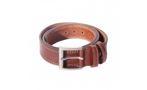 Leather belt with white stitching in cow leather