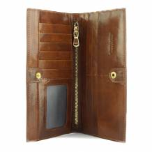 Bernardo V Wallet in cow leather